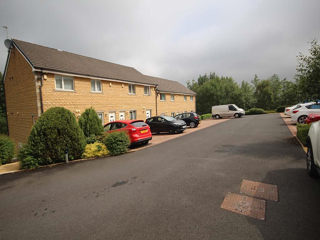 2 bedroom apartment For Sale in Colne - IMG_6646.JPG